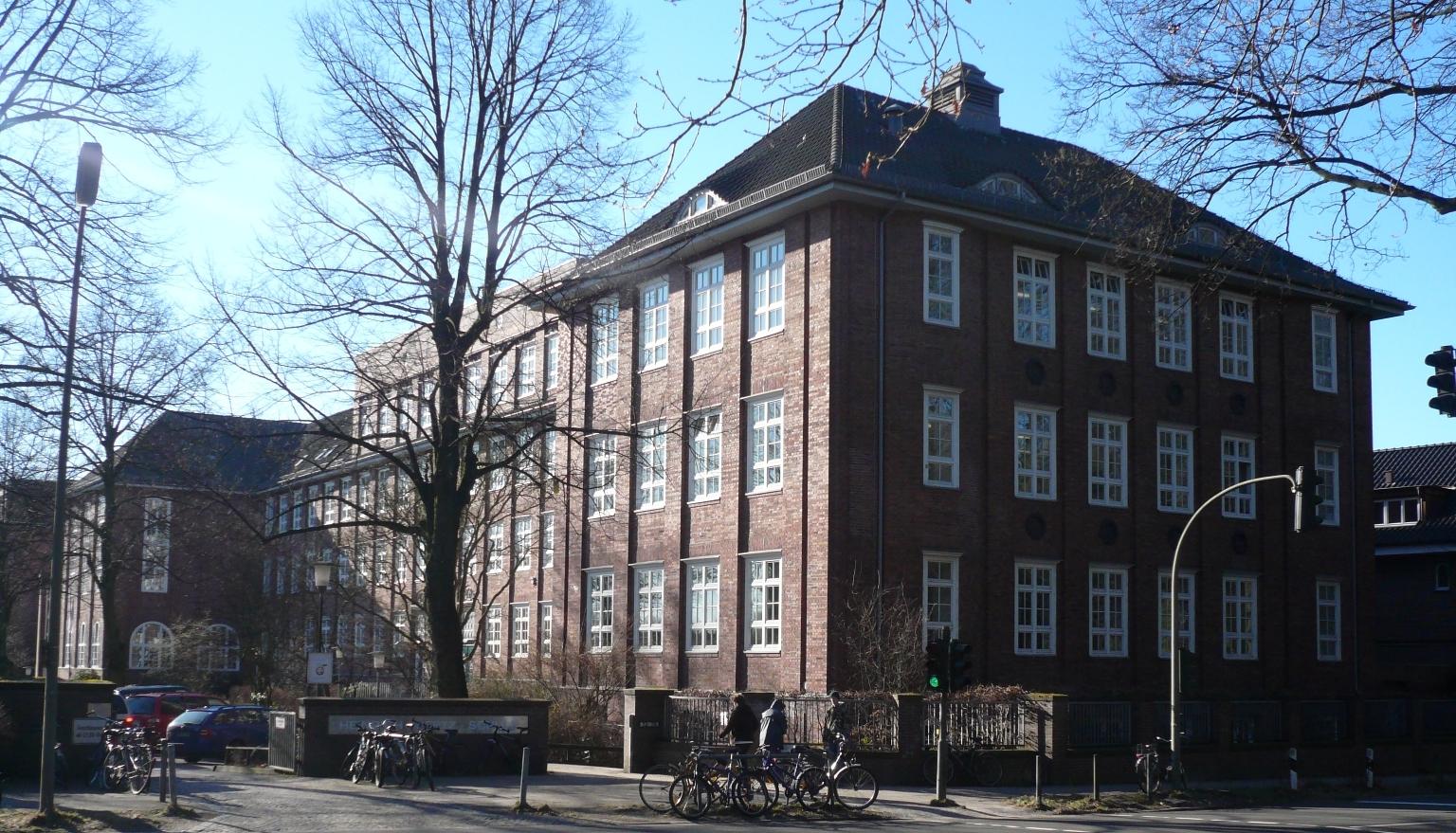 Hamburg.Winterhude.Heinrich-Hertz-Schule.wmt